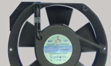 可控制的电脑散热风扇噪音的散热风扇-台湾三巨